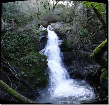 pano  of cascade falls